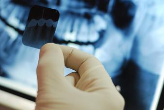 TECNICOS dentales